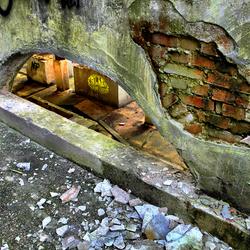 Urban Hole