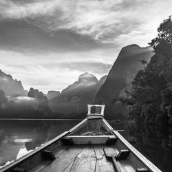 Long tail trip op Cheow Lan Lake