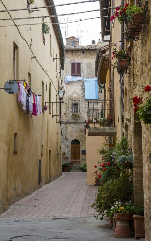 Italië 49 - Ergens een straatje.....