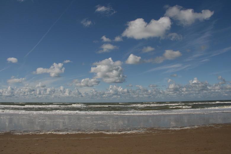 Noordwijk aan zee - Groetjes Grady, een fijne zomer toegewenst