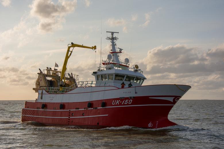 UK150 PoLar - Na een vakantie in Friesland ben ik weer terug.  Deze foto van de UK 150 gemaakt terwijl ze de haven van Harlingen binnen kwam.<br /> <
