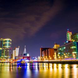 De Rotterdam en de Erasmusbrug