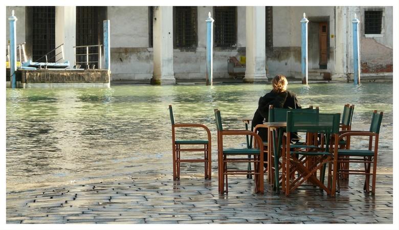 Venetie (4) - Omringd door het water. Eenzaam maar niet alleen.