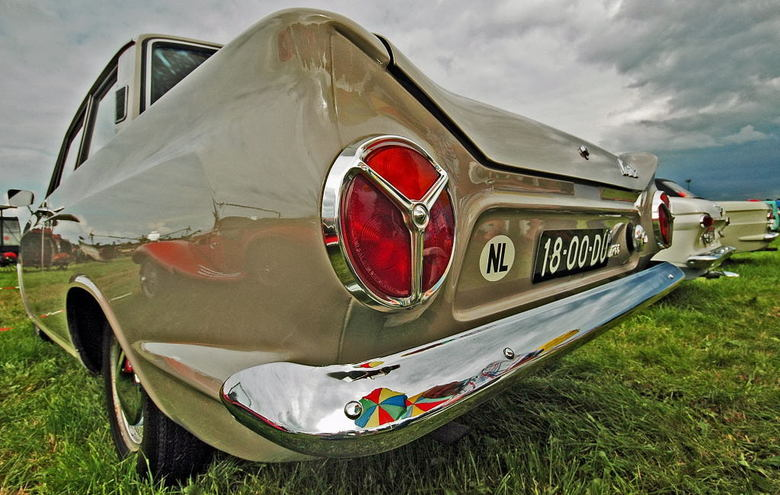 The Sixties - Deze Ford Cortina is <br />