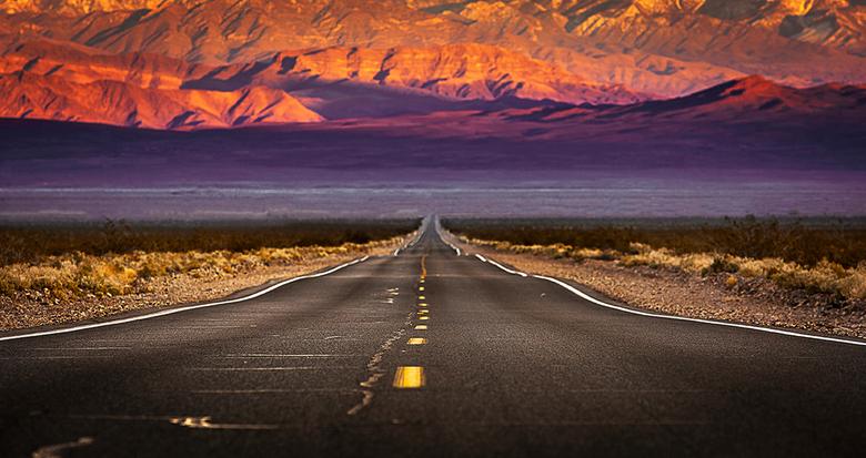 Lonely road - Een weg zonder bestemming...