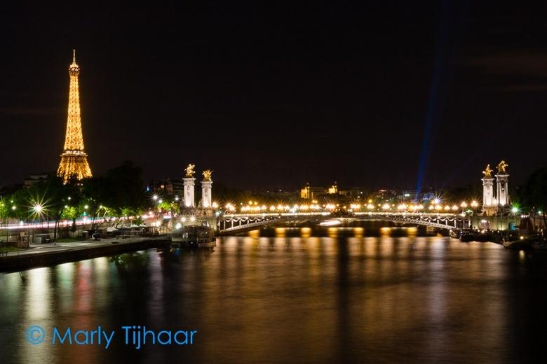 Seine by night