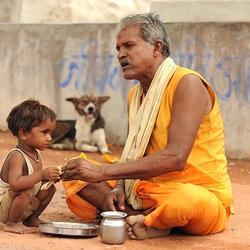 chapati eten met opa