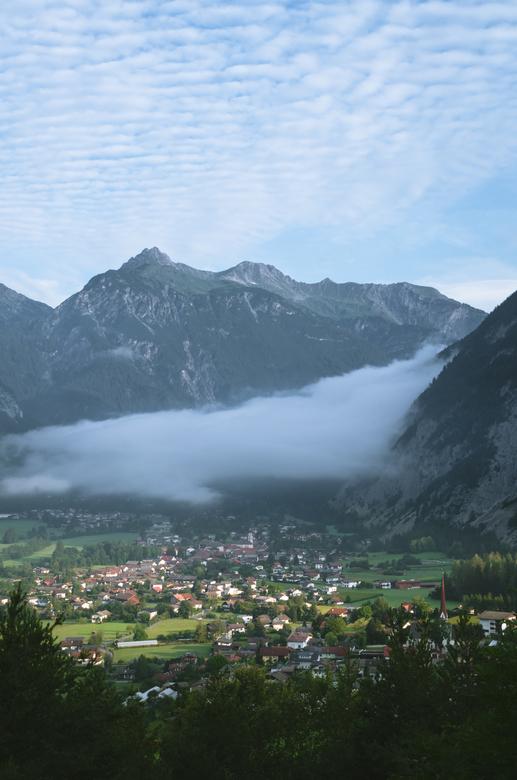 Dorpje in de wolken - In Duitsland.
