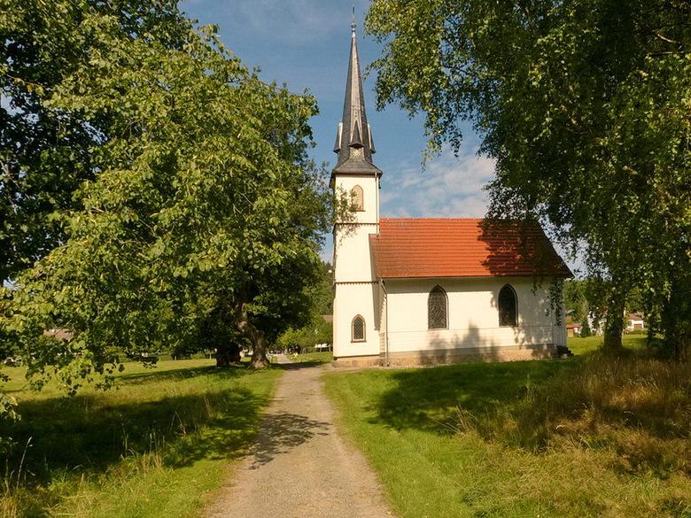 Kerkje in Eland. - Het herkenningsteken van Eland, is de vakwerkkerk uit 1897.<br /> Dit kerkje met een oppervlak van slechts elf bij vijf meter, hou