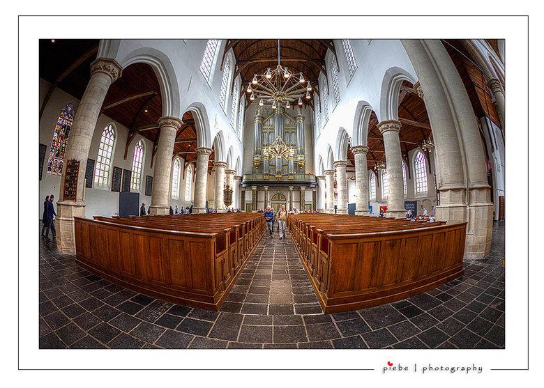 Nieuwe Kerk  Delft - Dit is een foto van de Nieuwe Kerk in Delft. We waren op 14 september 2013 in deze prachtige en lichte kerk. De opname is gemaakt