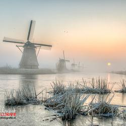 Mooie zonsopkomst Kinderdijk