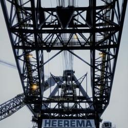 P1140329  THIALF Heerema  Kraan detail 5mei 2012