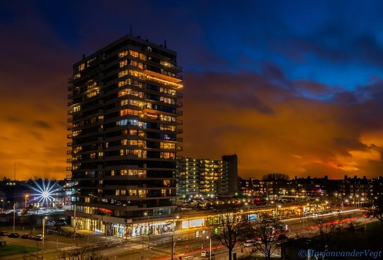 Orange night - Dit is &#039;t uitzicht van mijn moeder thuis, ik zag die lucht, en dacht die is van mein!<br /> tips zijn altijd welkom.<br /> <br /