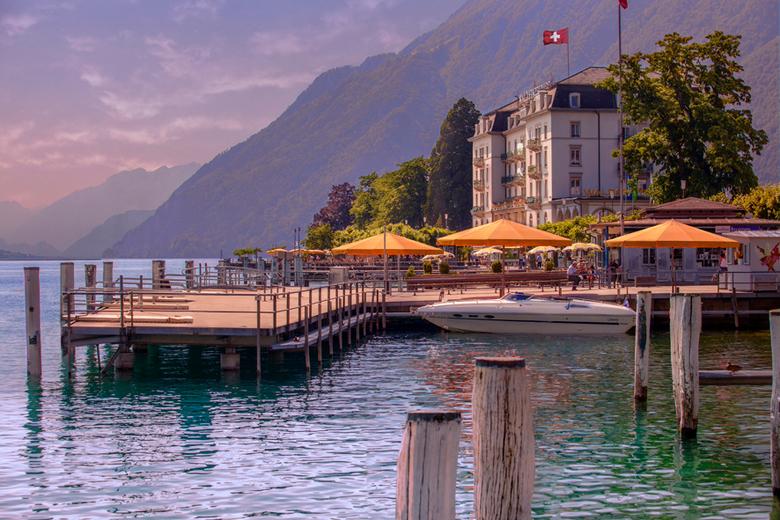 RVG Photography - Droommeer - Een prachtig dromerig uitzicht op een meer in Zwitserland. Foto gemaakt in opdracht van Landal GreenParks.