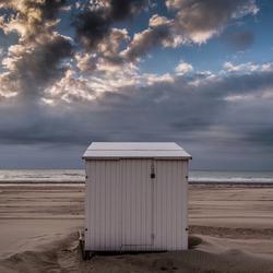 De eenzame strandcabine