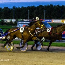 Paardenraces op Drafbaan te Wolvega