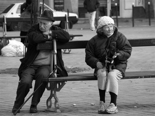 uitgepraat...Parijs 2009 - 2 - Op een pleintje ergens in Parijs.