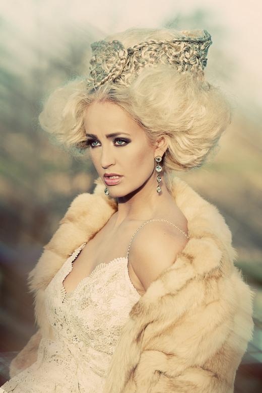Fashion Duchess - Model: Danielle Hack<br /> MUA/Hair: Yeliz Kaya<br /> Styling: Pearl Dronkers