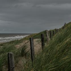 Onstuimig aan het strand