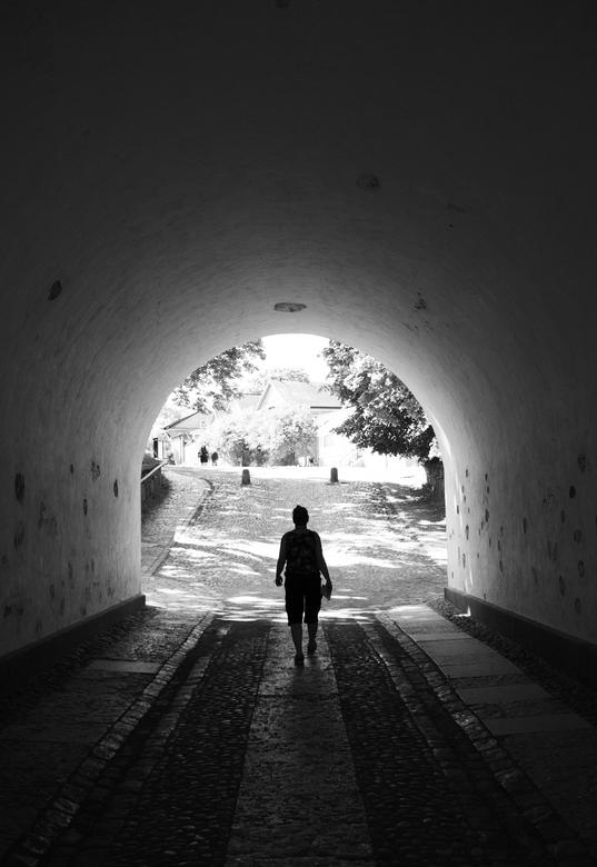 tunnel -