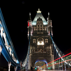 Verkeer over Tower Bridge
