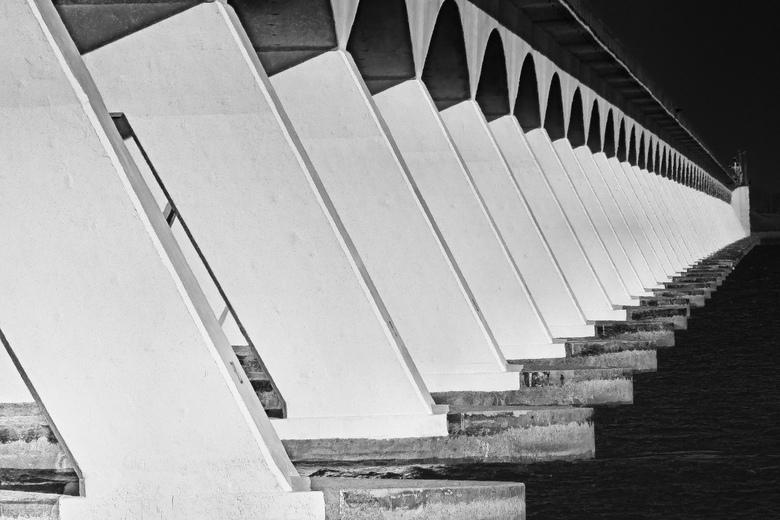 Zeelandbrug -