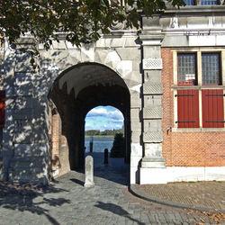 Dordrecht, Groothoofdspoort anno 1350