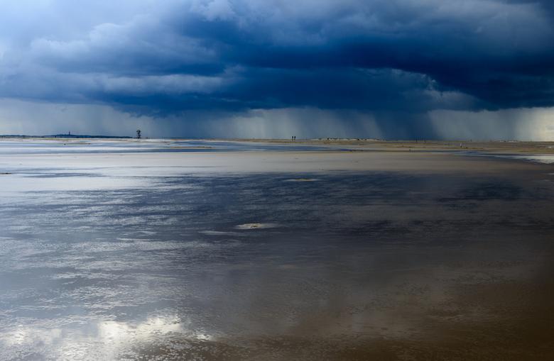rain shower  - vlieland vliehors