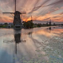 Zonsondergang molens Kinderdijk