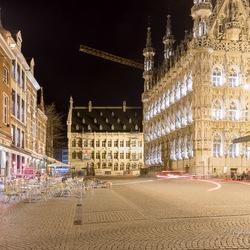 Leuven in de avond
