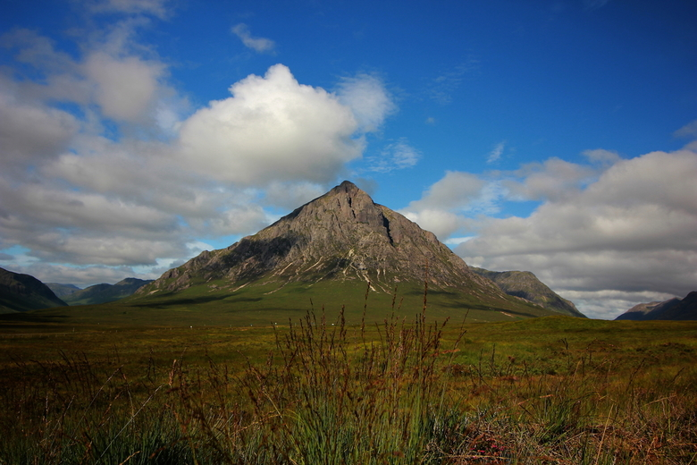 Buachaille Etive Mòr - Glencoe Scotland (Etive Mor is een pirimide vormige berg in dit gebied, bekend o.a. film Skyfall).<br /> <br /> Ik heb deze f