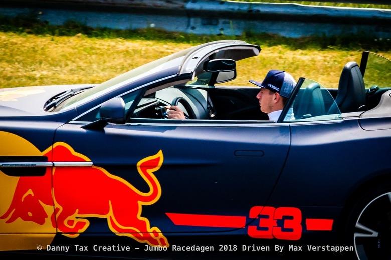 Max Verstappen bocht 9 - Circuit Zandvoort - Een Close up!