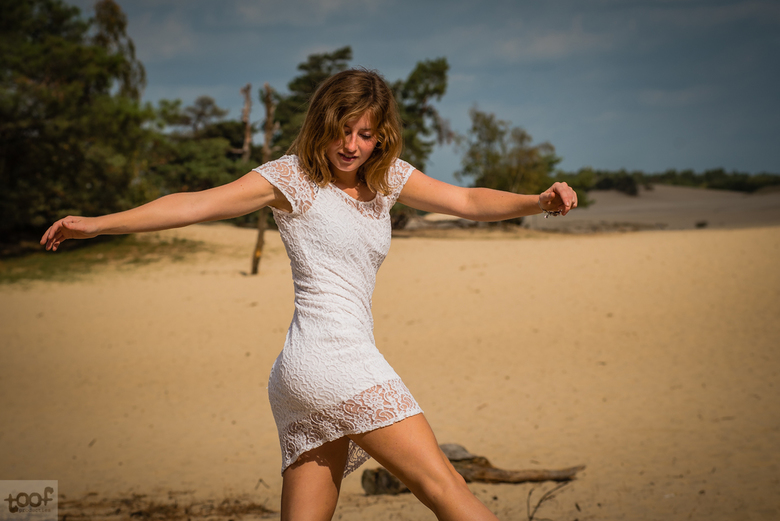 Dune dancing...