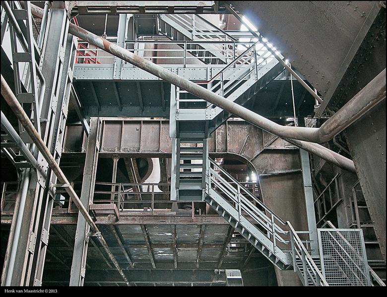 duisburg-07 - Ja zonder foto&#039;s thuiskomen zit niet in mijn aard dus de focus maar wat verleggen en er maar het beste van zien te maken.<br /> <b