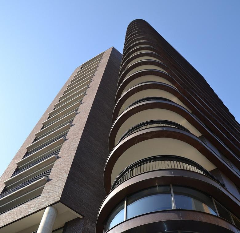 Woontoren 1 - Opname van de nieuwe woontoren in Venlo.