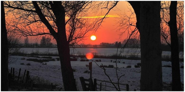 zonsondergang - zonsondergang in de Hoeksewaard