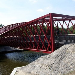 Strange Effect on the Bridge