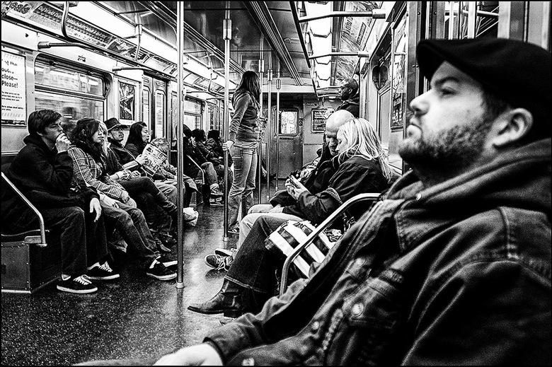 New York 11 - Wanneer het je dan gelukt is het juiste metrostation te bereiken, de gangen er naartoe te beslechten en in de juiste metro in te stappen