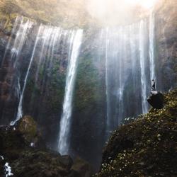 Omgeven door duizend watervallen