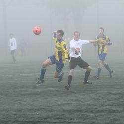 voetbal in de mist !!!