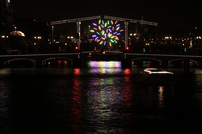 Magere brug - Amsterdam Light Festival 2013, Magere brug