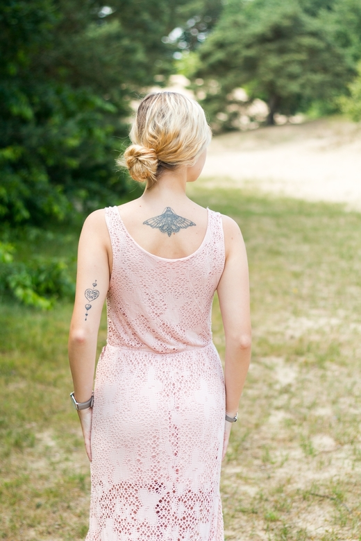 Touch of Pink | Isa -