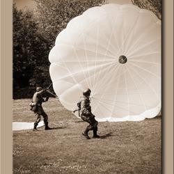 Duitse parachutisten.