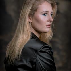 Renata met prachtig lang haar