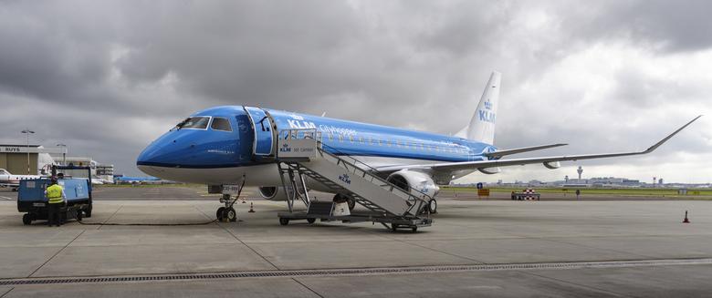KLM Cityhopper Embraer ERJ-175STD