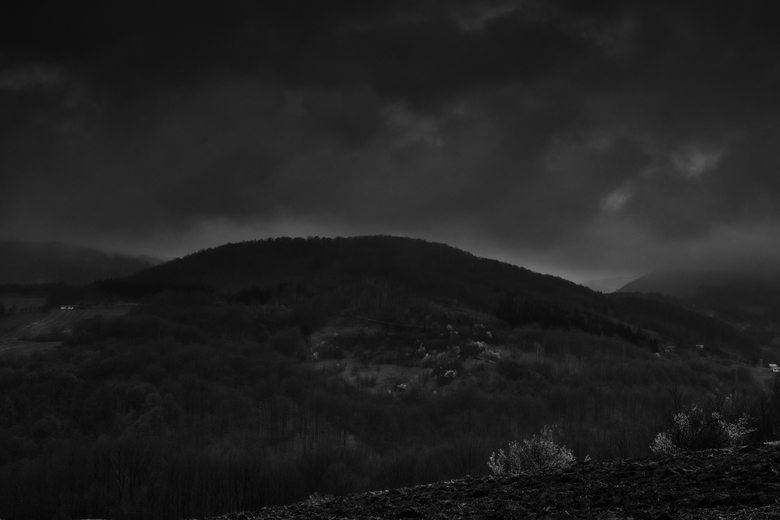 Hills of Srebrenica - Heuvels van Srebrenica