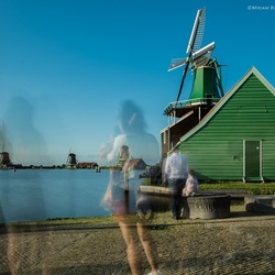Fading tourists at the Zaanse Schans