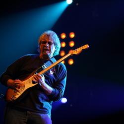 Rich Knapp, bassist Walter Trout