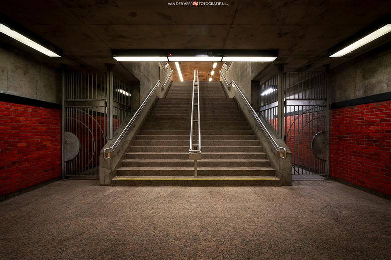 Charlevoix Metro Station Montreal - Montreal kent vijf metro lijnen. Na een halve dag onder de grond - metro in, metro uit - toch een paar leuke stati