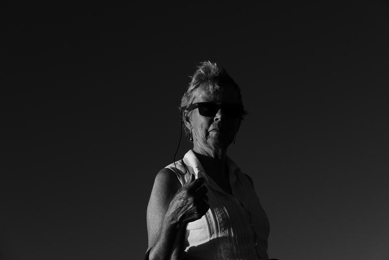 """Model - Moeders - """"Low-Key"""" portret van mijn moeder."""
